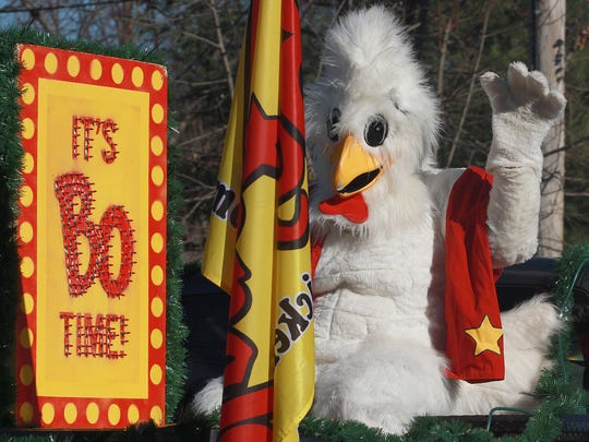 The Bojangles chicken rides and waves in the White House Christmas parade on Sat. Dec. 5, 2015 .  Photo by Dave Cardaciotto
