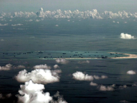 EPA FILE AT SEA PHILIPPINES CHINA USA DISPUTED ISLANDS POL DEFENCE PHL PA