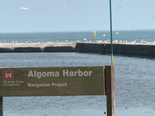 KEW 0705 Algoma Harbor.JPG