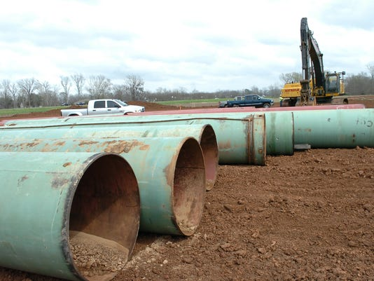 Pipeline Friday, March 4, 2011. - Melinda Martinez/mmartinez@thetowntalk.com