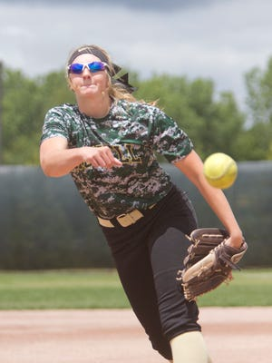 2016 Howell High School graduate Brittney Resinger, who pitched for the Highlanders, will pitch for Schoolcraft College.