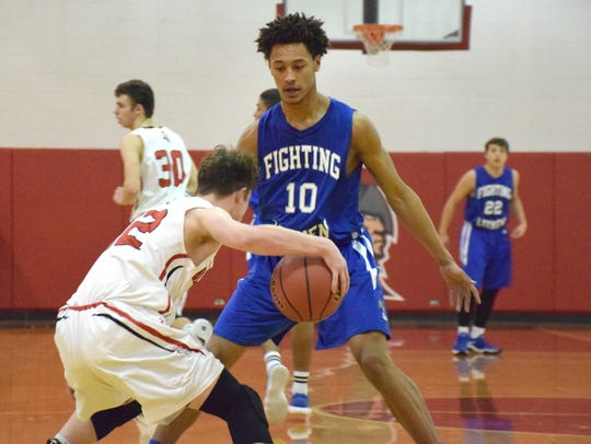Stopping Jarvis Vaughan, Lee's 6-foot-8 all-state center,