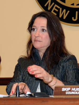 Amy Martin, current Glen Rock Council President, during the 2015 reorganization meeting.