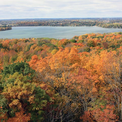 Week by week: When Wisconsin's fall colors could peak in 2018
