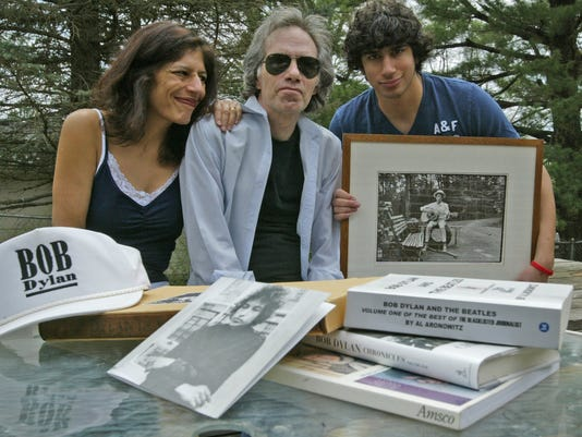 Rob Borsellino and Rekha Basu, with son Raj Borsellino