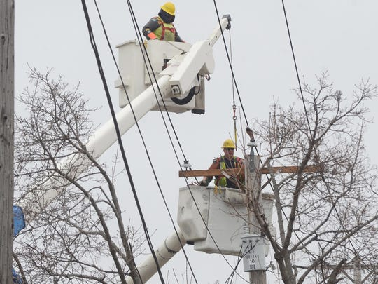 More than 5,000 DTE Energy customers between Hartland and White Lake are without power.