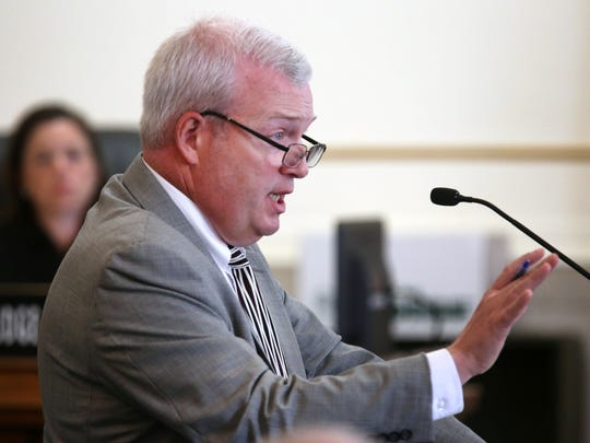 Glen Bates' attorney, Richard Wendel II, delivers opening statements in front of Hamilton County Common Pleas Court Judge Megan Shanahan and the jury.
