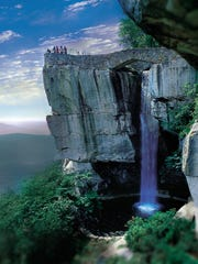 Rock City Gardens, with views from Lovers Leap, the