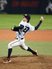 Oregon State pitcher Andre Moore returns to anchor the Beavers' starrting rotation.