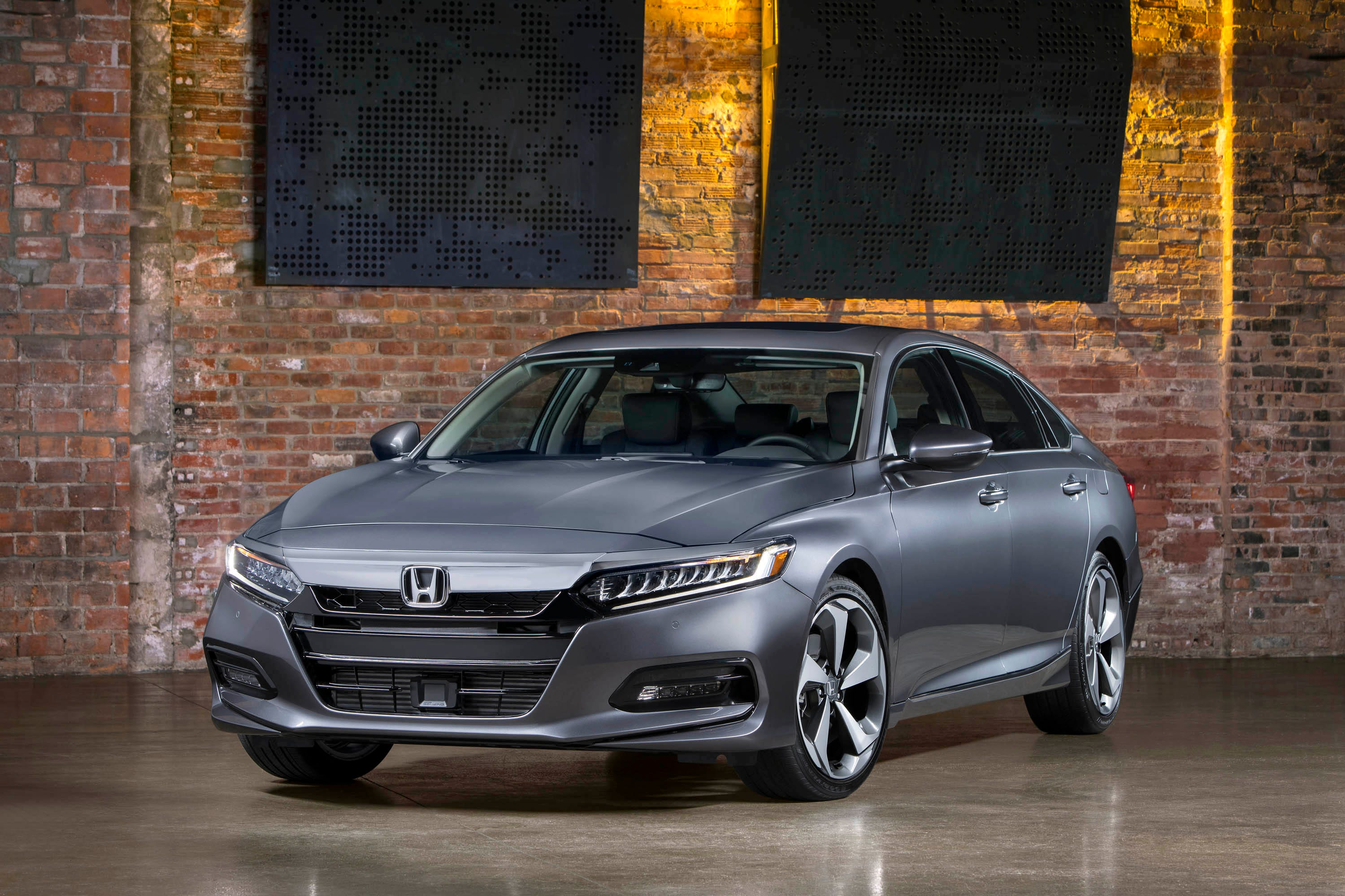 When do the new honda accords come out
