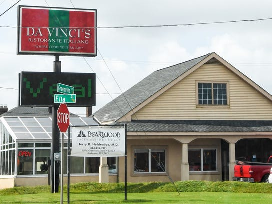 Best of Your Hometown, dining Italian food. DaVinci's
