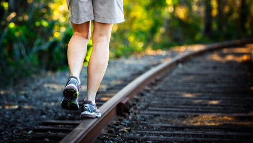 Lifestyle changes like exercising can help ease pain from varicose veins and keep them from getting worse.