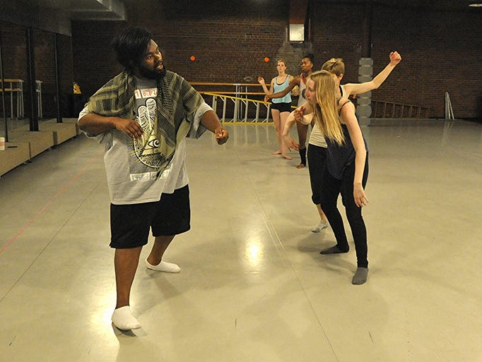 Flint's Tunde Olaniran rehearses for his upcoming album