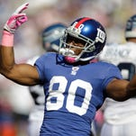 Giants receiver Victor Cruz suffered a season-ending knee injury Oct. 12 at Philadelphia.