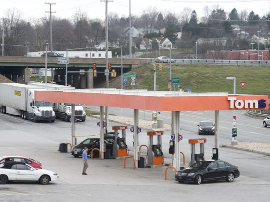 Citizens and public officials attended an open house Wednesday night to learn more about the proposed makeover for the Shrewsbury exit of I-83.