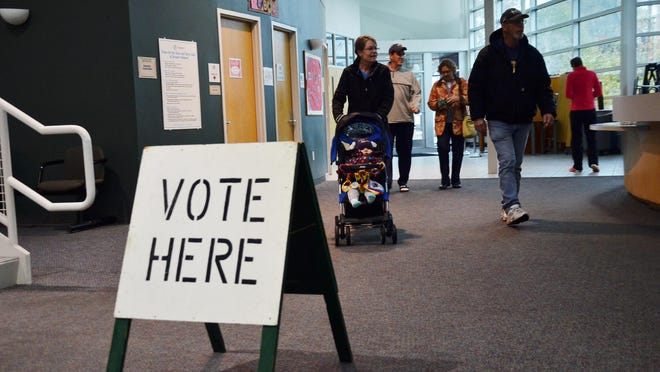 There are two options for free transportation for voters looking for a ride to the polls or to their local clerk's office this election season, offered by MAX Transit and Douglas United Church of Christ.