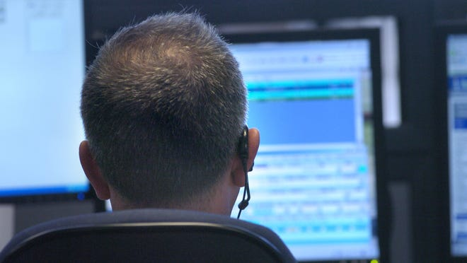St. Clair County Dispatch's non-emergency lines are currently not operational.