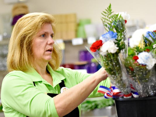 Veterans Day bouquets at Royer's Flowers