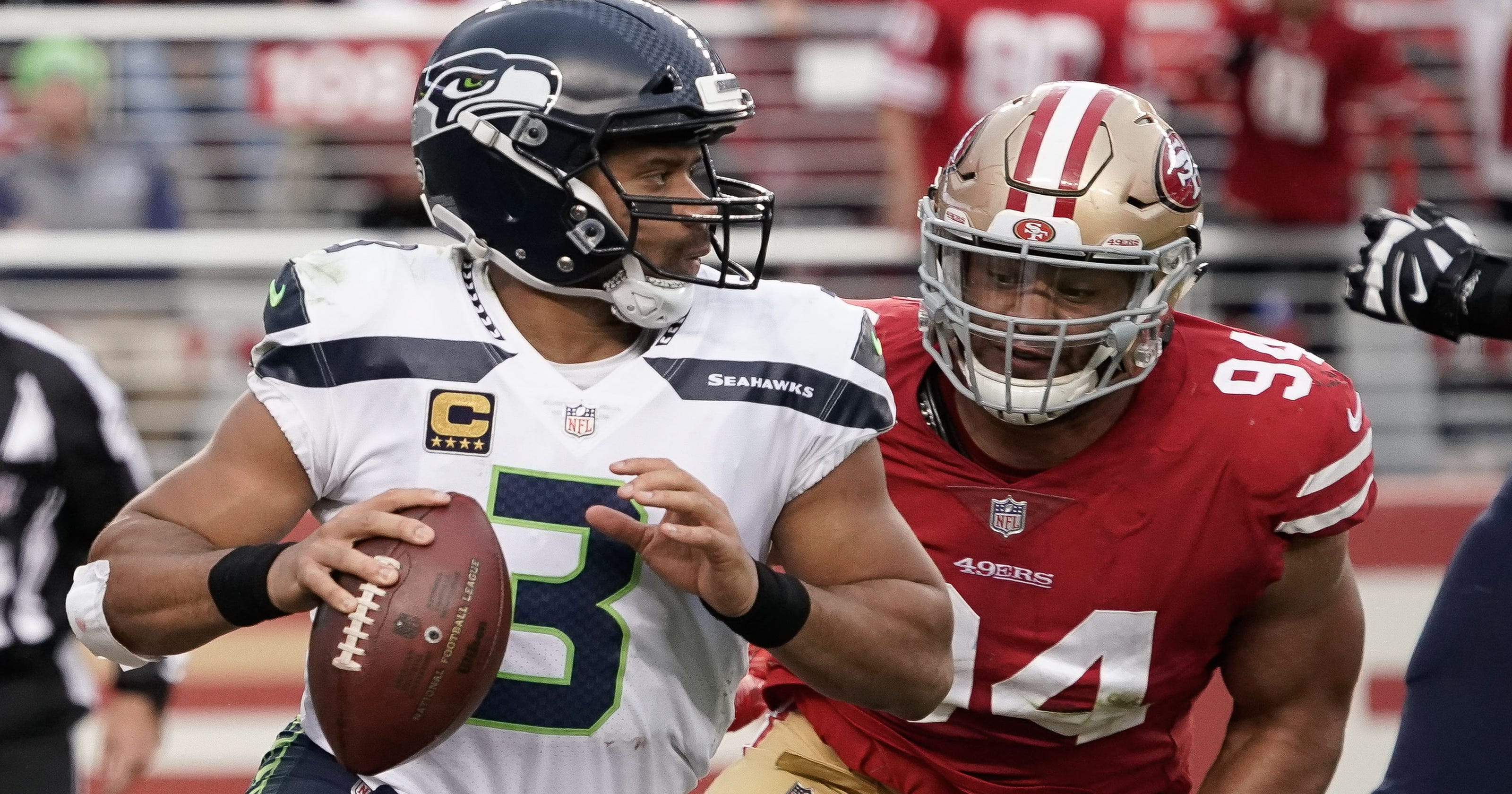 67c20fc762b Russell Wilson accounts for 3 TDs in Seahawks win vs. 49ers