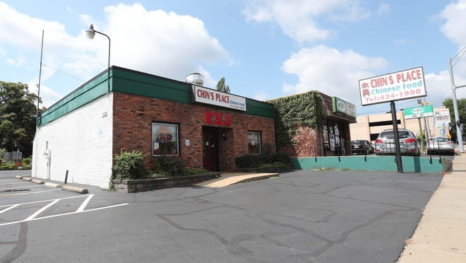 Chin's Place, a Chinese restaurant on Akron's West Market Street, will reopen Monday.
