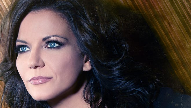 """Martina McBride's """"Everlasting"""" album, out April 8, features covers of Elvis Presley's """"Suspicious Minds"""" and Aretha Franklin's """"Do Right Woman, Do Right Man."""""""