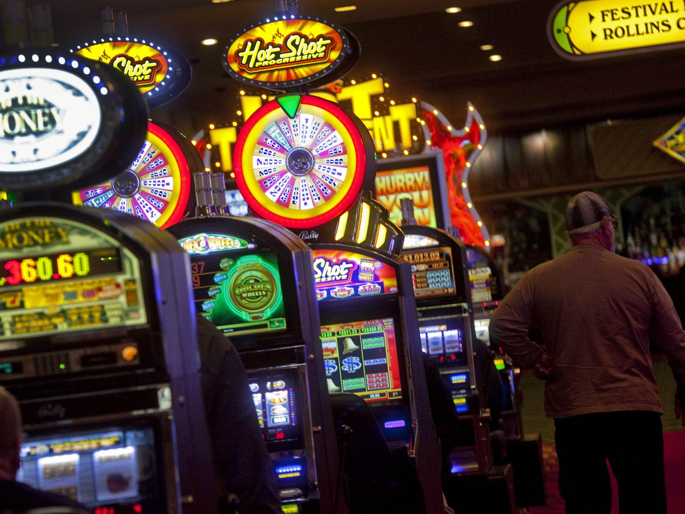 Получить денежный бонус за регистрацию в русском казино