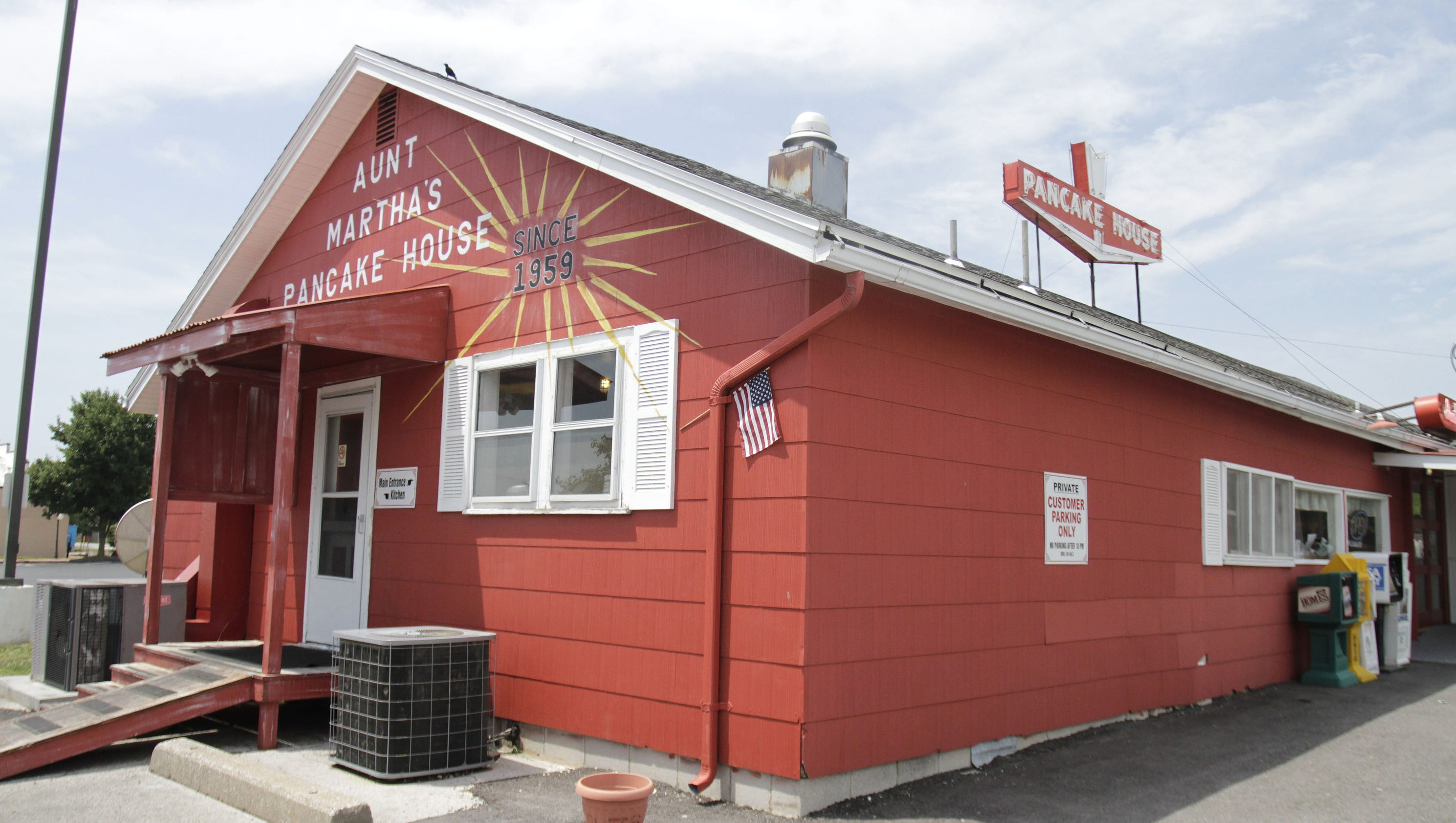 Aunt Marthas Pancake House closes after years