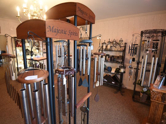 Snyder Funeral Home has a gift room.
