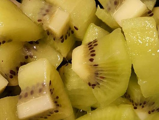 Kiwi is one of many healthy toppings that you can choose