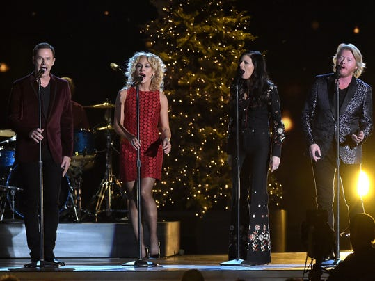 CMA 2014 Country Christmas