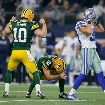 Packers kicker Mason Crosby is overcome with emotion