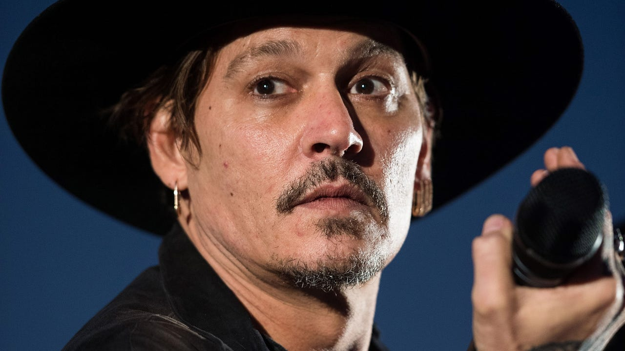 It looks like Johnny Depp could have used a lesson from Kathy Griffin after joking about assassinating President Trump.