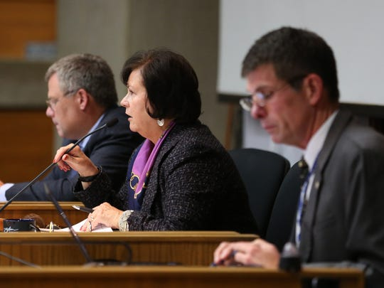 Mayor Anna Peterson presides over a Salem City Council meeting on Monday, Oct. 10, 2016. The chambers were full. Many people attended to testify on a water rate proposal.
