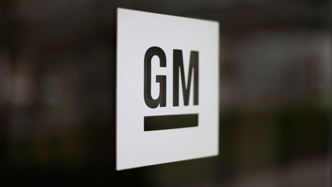 General Motors Canada is cutting 625 jobs at its assembly plant near London, Ontario, and moving those jobs to Mexico, where labor is cheaper, GM Canada's union spokesman said Friday.