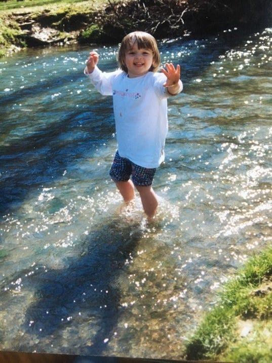 636323394774945732-kid-playing-in-creek.jpg