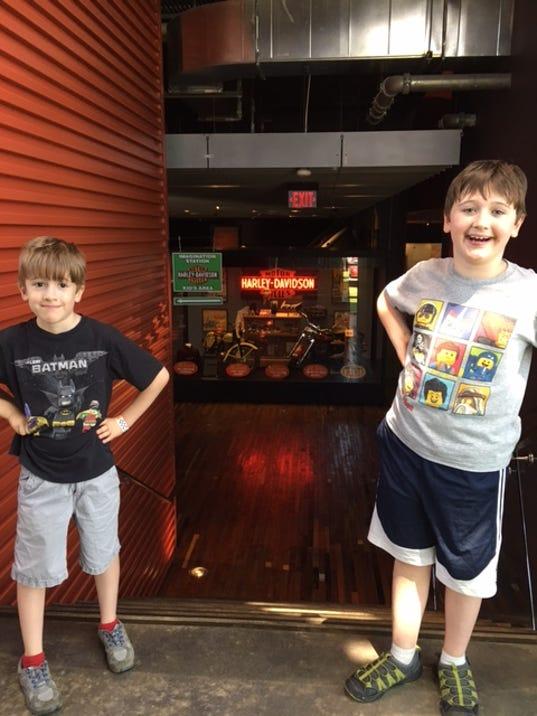 636428857128526171-MetroP-HD-Museum-boys-smiling.JPG