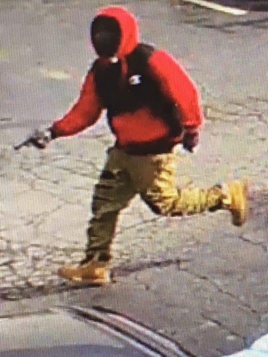 636437644707000013-suspect1.jpg