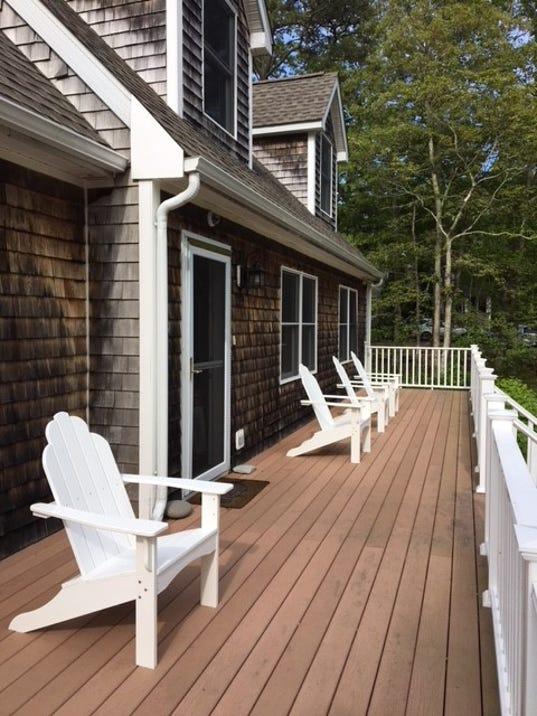 636530903200468230-PSL-marthas-vineyard-porch-for-raffle.jpg
