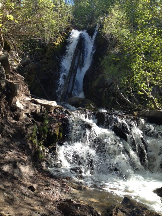 Hunter Creek Trail Is A Mile Heavily Trafficked Out And Back Located Reno Nevada That Features Waterfall Rated As