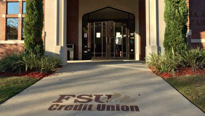 The Florida State University Credit Union location on Sharer Road.