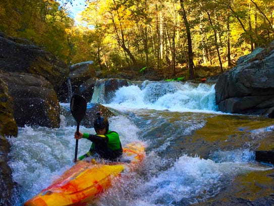 Paddler Isaac Levinson competes in the 2015 Green River