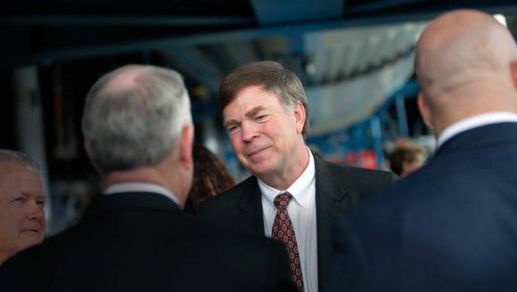 Huntsville Mayor Tommy Battle