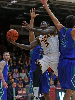 Iona College's A.J. English shoots in the first half against Florida Gulf Coast on Tuesday in New Rochelle. Iona won 86-67.