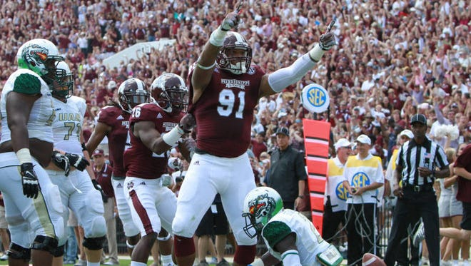 Mississippi State defensive end Preston Smith is receiving a lot of praise at the Senior Bowl.