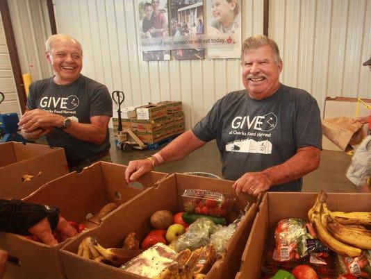 636592195716876784-Ozarks-Food-Harvest-Volunteer.jpg