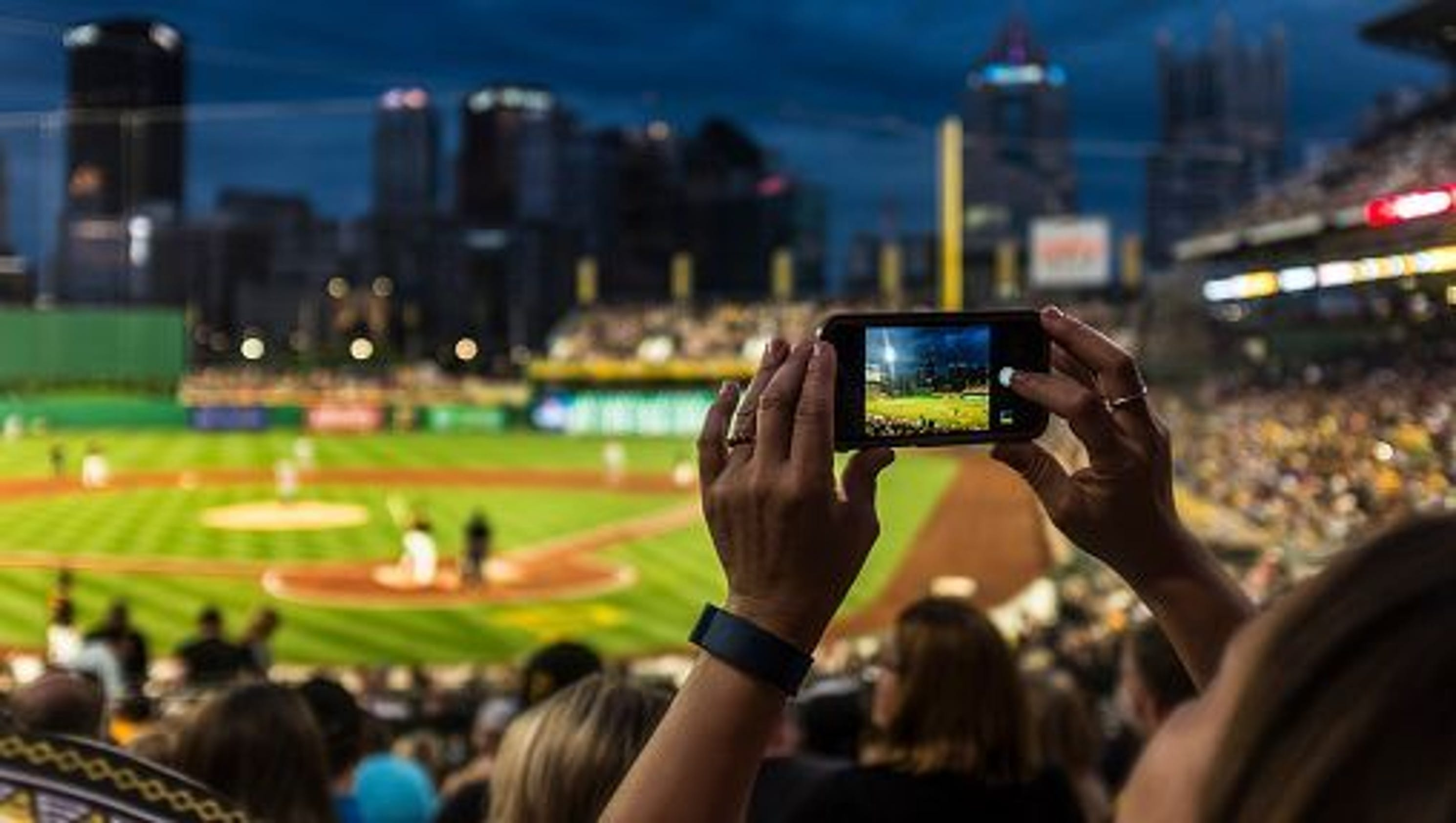 Louisville news louisville sports courier journal deals get discounted baseball tickets fandeluxe Image collections