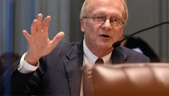 Sen. Marshall to retire, a dozen new candidates join various races