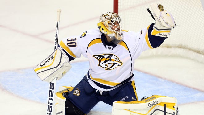 Carter Hutton got his first win in his second career start.