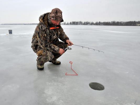 ice fishing winter buckeye lake