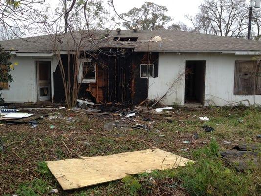 635555474863659023-202-N.-Chestnut-fire-damage